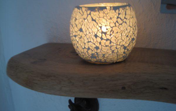 Regalbretter, Ablagen mit Naturkante, Massiv-Holz