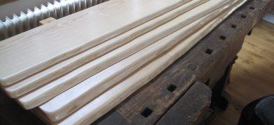 Holz-Fensterbank Esche mit Baumkante