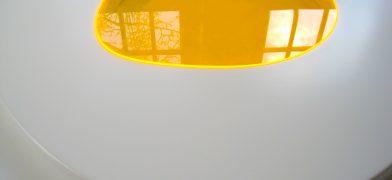 Friet Eggs Series – Spiegelei Figur, Tisch