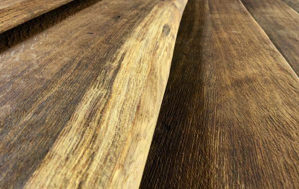 EICHE Holzfensterbänke gealtert mit Baumkante – gelaugt und gebürstet